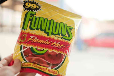 can dogs have funyuns, are funyuns good for dogs, funyuns chips for dogs