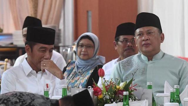 Bamsoet Pasang Badan untuk Jokowi, Ferdinand: Ketua MPR Mikirnya jadi Pengawal Kekuasaan