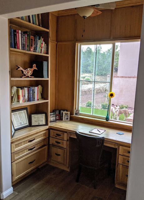 How to fit a small office into a small home