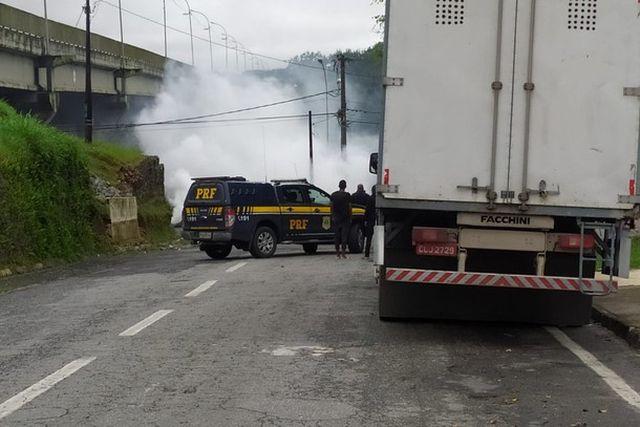 Novas manifestações marcam final de semana na Vila Nova em Registro-SP