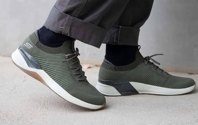 Rekomendasi Sepatu Skechers 2019 Untuk Pria