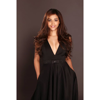 srinidhi shetty hot gorgeous pics