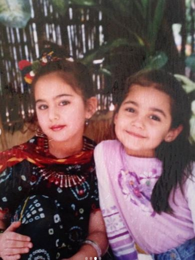 Sara Ali Khan and Vidika Pinto