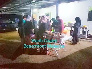 Warih-Chalet-Keluarga-Tn-Mazlan-Sedang-BBQ3