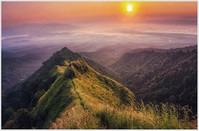 Puncak Piramid;10 Top Destinasi Wisata Bondowoso;