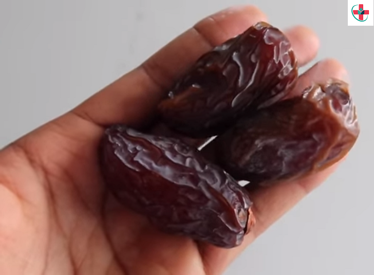 8 Things That Will Happen to Your Body if You Start Eating 3 Dates Every Day for a Week