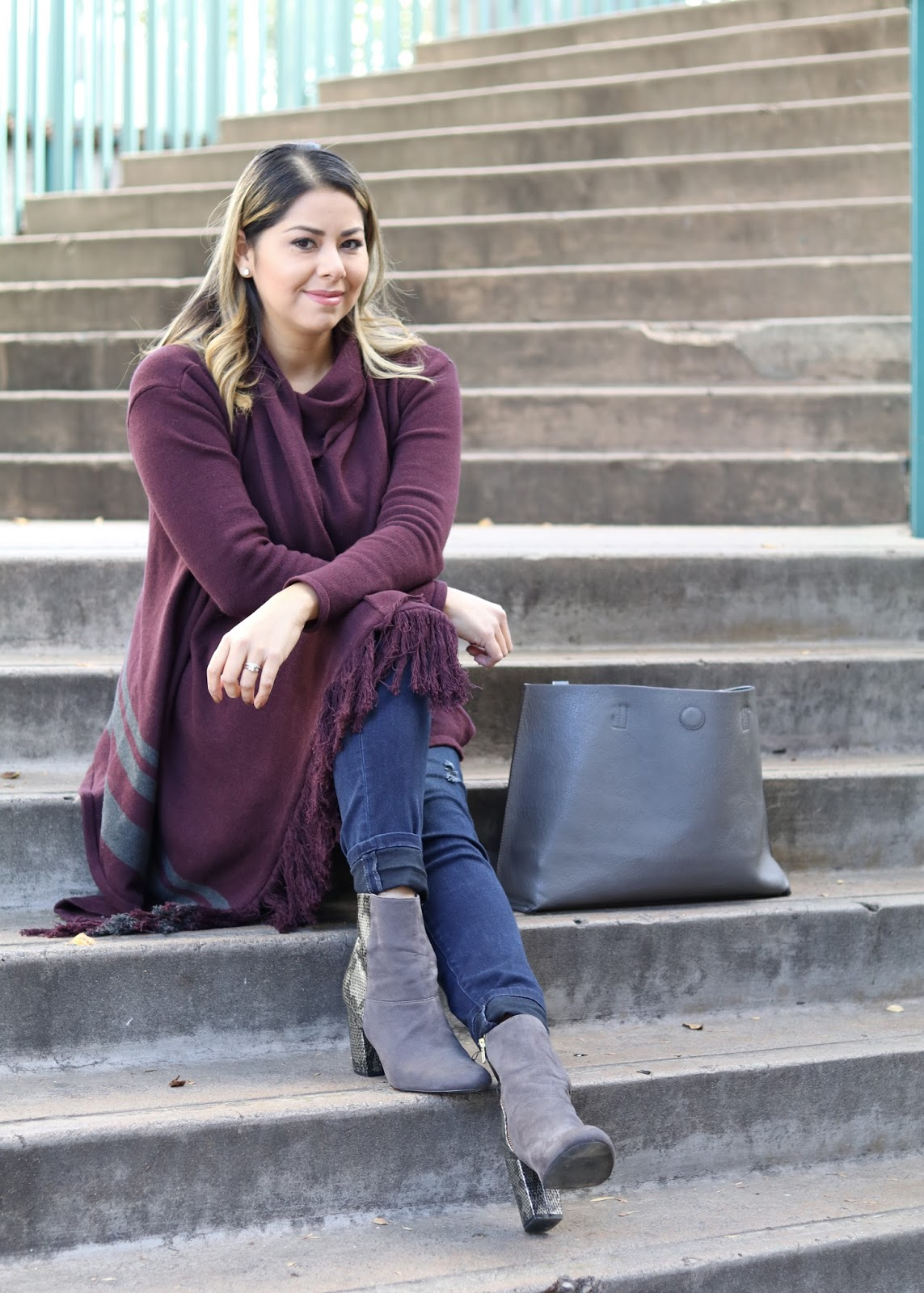 cabi sweater, cabi blogger, so cal blogger, what to wear in san diego