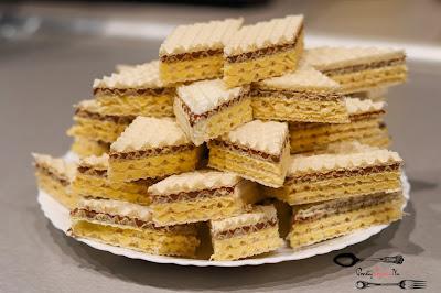 ciasta i desery, krem do wafli, krem z mlekiem w proszku, przepis na wafle, szybki deser, wafle, wafle na imprezę,