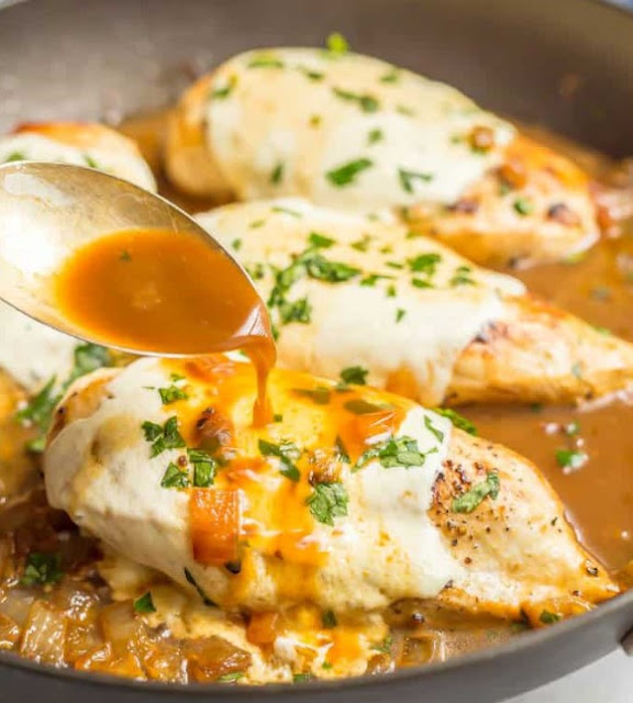 Mozzarella Chicken Skillet Recipe