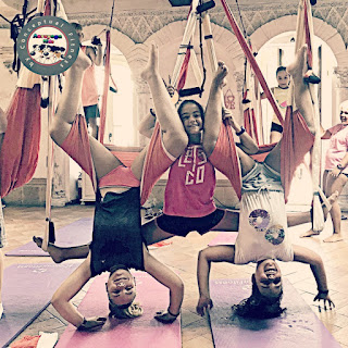 aeroyoga enfants, enfants, aerokids, aeroyoga kids, bienêtre, yoga enfants, formation yoga enfants, formation yoga aérien, cours, santé, bienêtre, stage yoga aérien, formation aeroyoga, pilates aérien