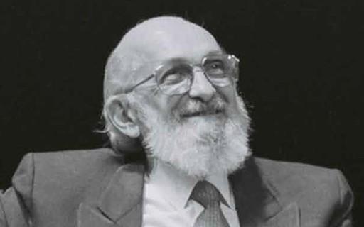 Cambiar es difícil , pero es posible | por Paulo Freire