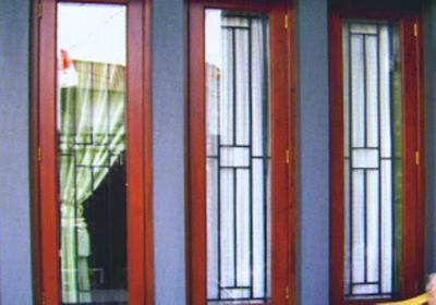 jendela untuk rumah baru