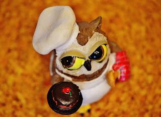 Halloween owl-cupcakes