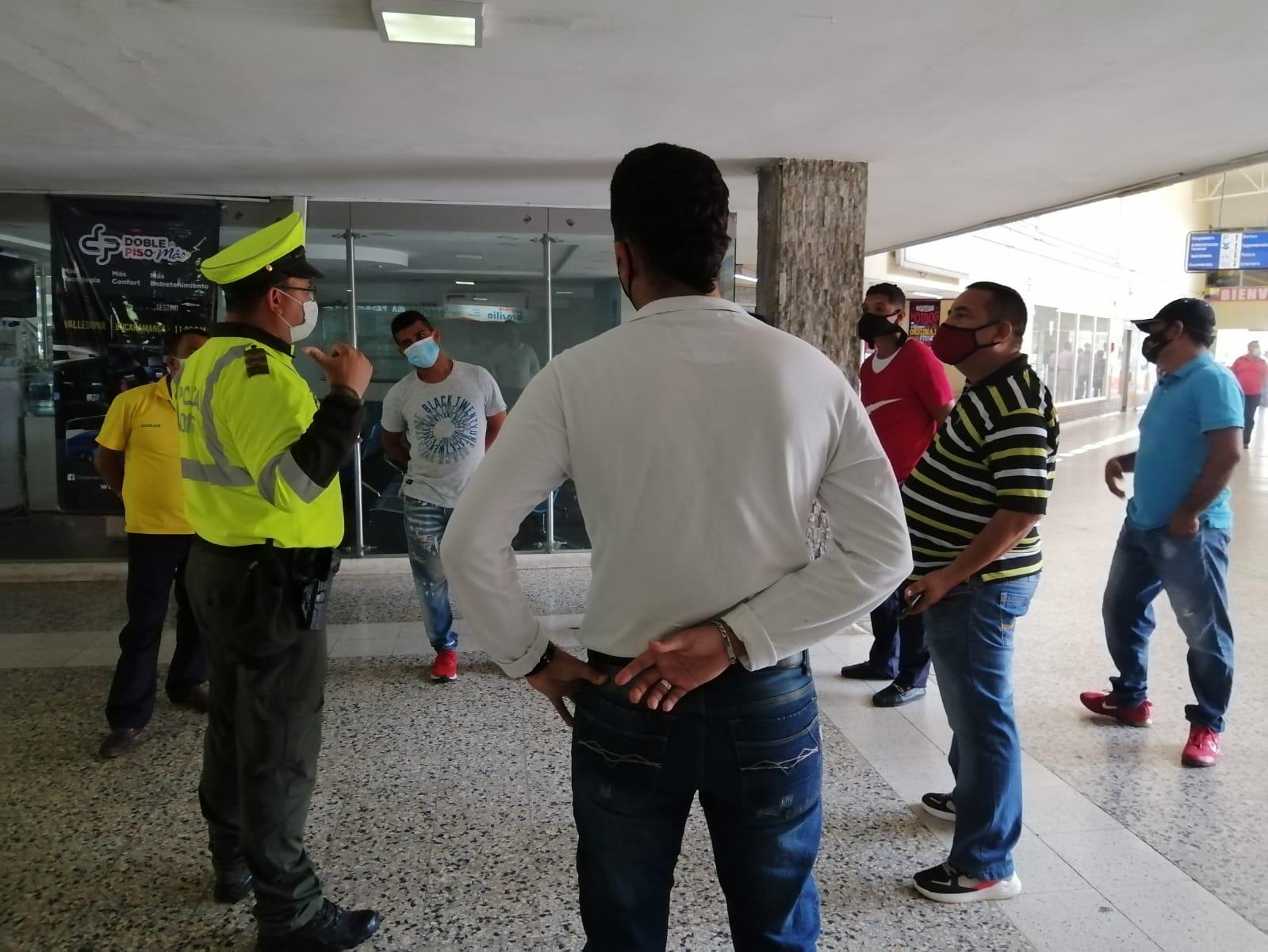 https://www.notasrosas.com/Policía Cesar entrega Balance de Operativos realizados durante Puente Festivo del 'Día de la Ascensión'