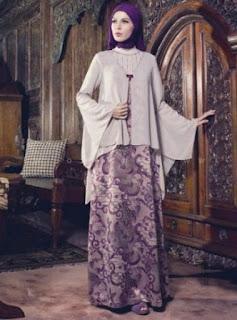 Gamis-Batik-Kombinasi-Polos-Untuk-Pesta