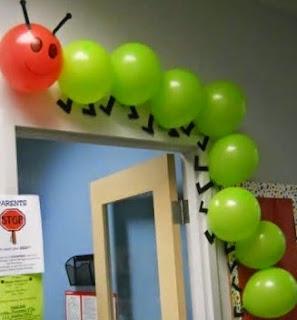 http://123manualidades.com/gusano-de-globos-para-decorar-la-puerta/3080/