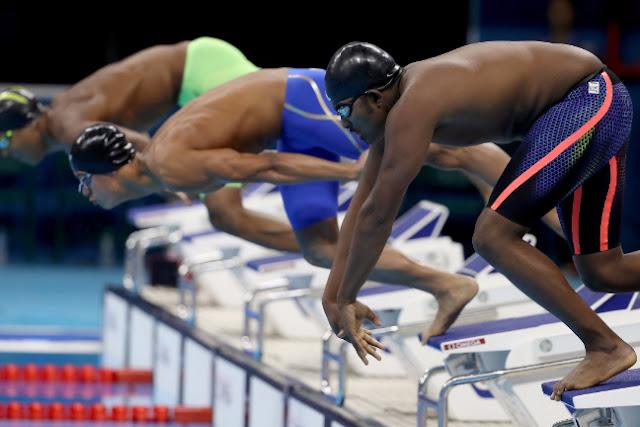 El nadador etíope Robel Kiros Habte