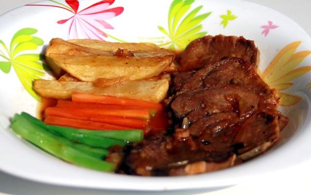 Resep Bistik Daging Sapi Ala Restoran