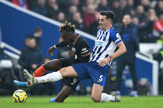 Lewis Dunk close on completing Chelsea £40 move