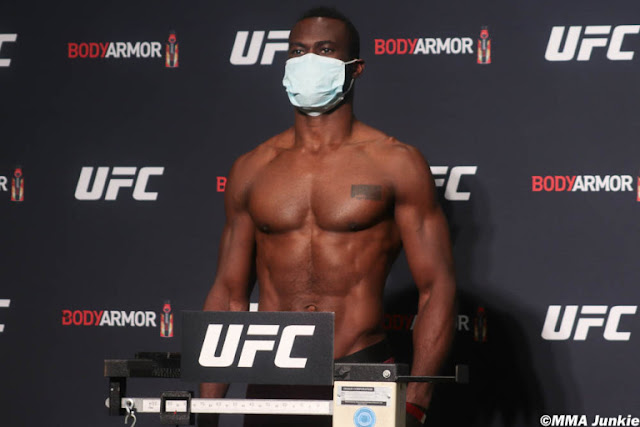 Uriah Hall UFC 249 Weigh in