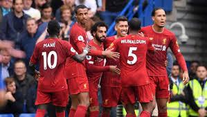 Liverpool vương lên ngôi đầu bảng sau trận thắng sát nút
