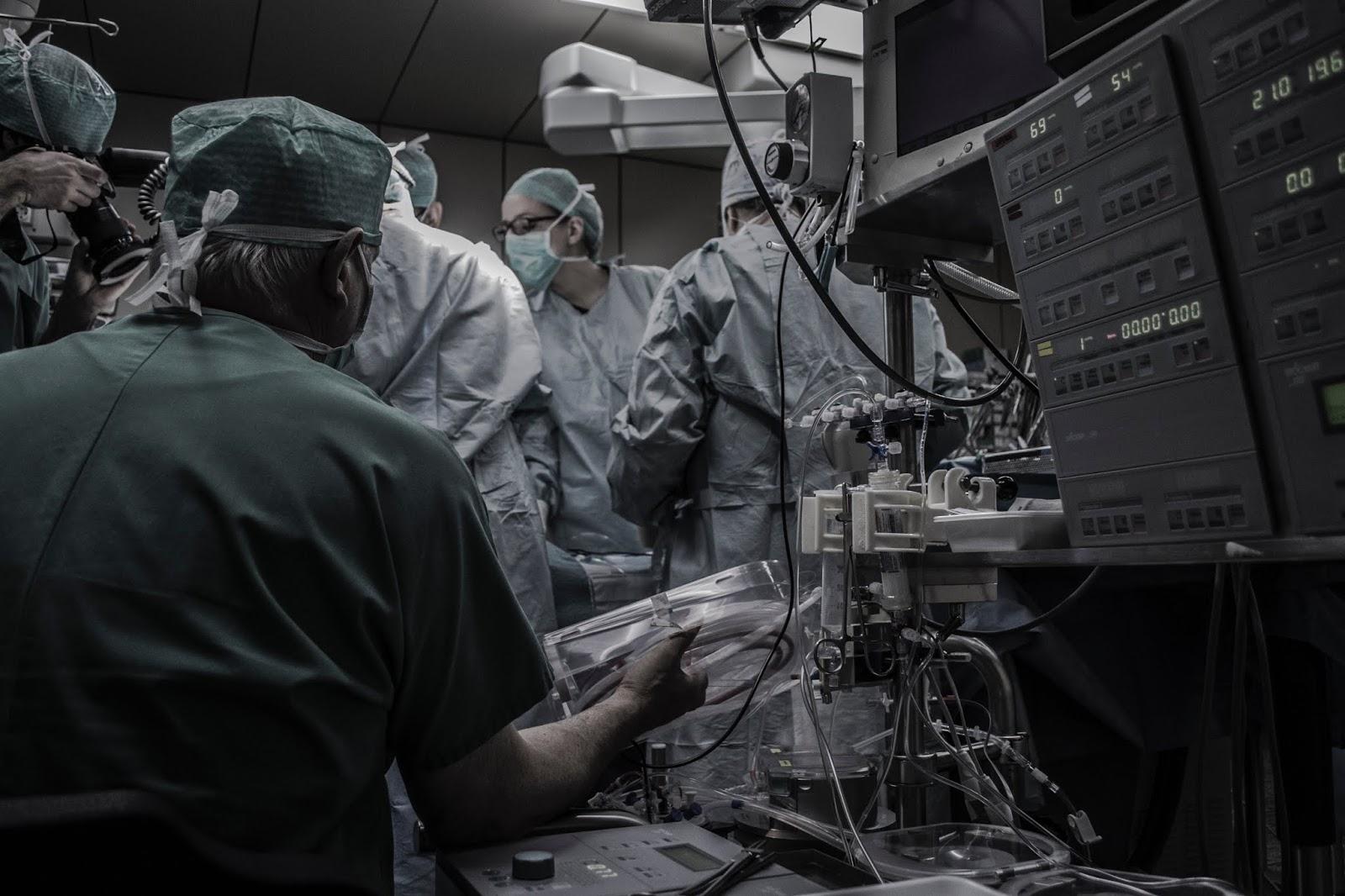 aborcja medyczna i chirurgiczna, jak przebiega, bezpieczna, syndrom poaborcyjny