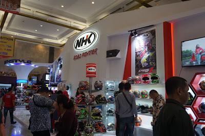 Berbagai Macam Merk Helm Lokal Meramaikan Indonesia Motorcycle Show 2018
