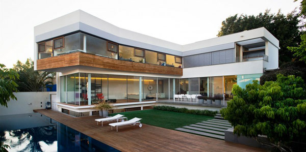 Hogares frescos casa contempor nea de dos niveles en for Casas en ele modernas