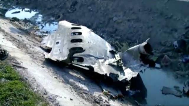 Avião ucraniano com 176 a bordo cai no Irã
