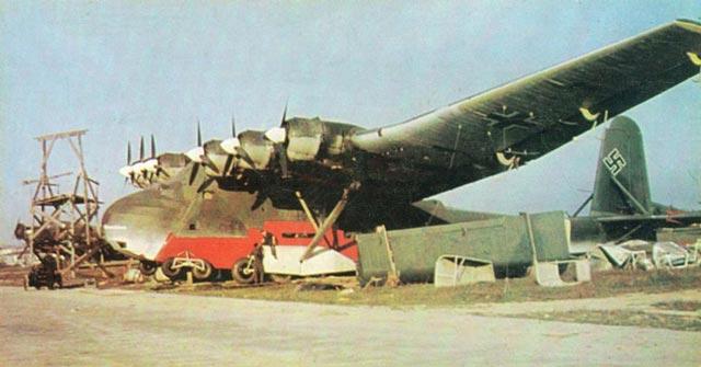 Luftwaffe Me 323 Gigant transport worldwartwo.filminspector.com