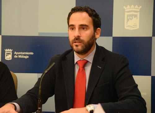 """Daniel Pérez - PSOE Málaga -: """"LaLiga tiene asfixiado al Málaga económicamente"""""""