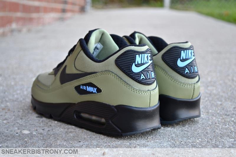 81c049dd43 Nike Air Max 90 Essential