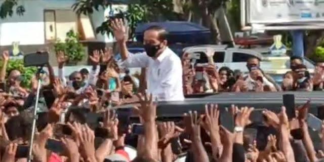 Buntut Kerumunan Di Maumere, Jangan Kaget Kalau Masyarakat Bakal Tiru Aksi Jokowi
