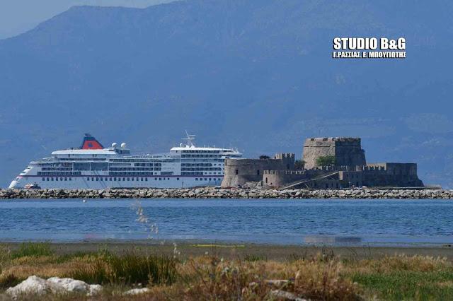 Το Ναύπλιο στους προορισμούς του υπερπολυτελές κρουαζιερόπλοιου «Le Lyrial» και το 2020