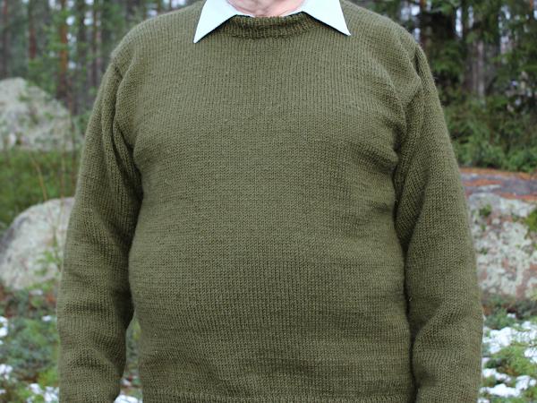 Maastonvihreä villapaita isälle - Army green sweater for my father