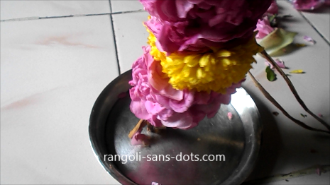 Traditional-flower-garland-24ae.jpg