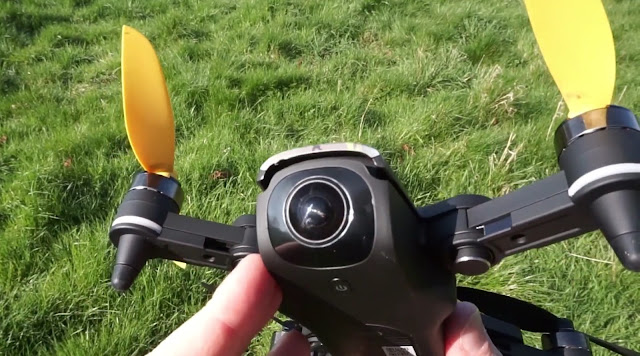 Review Drone Xiro Xplorer Mini Drone Kecil Lipat Pesaing DJI Mavic