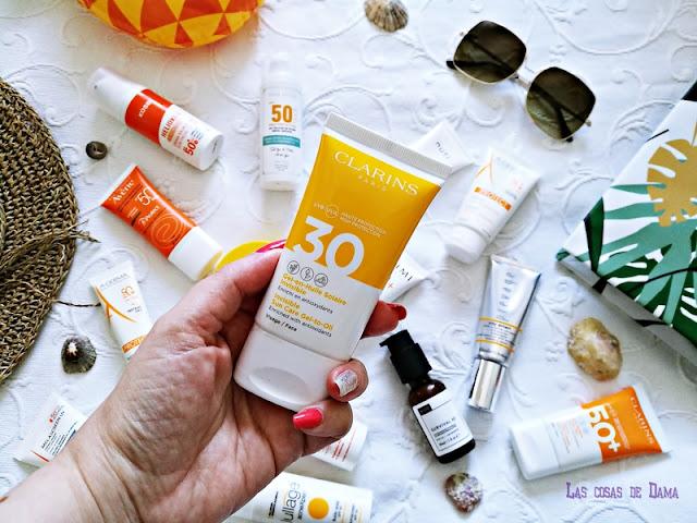 Gel en Huile Solaire Invisible SPF 30 Clarins Protección Solar Facial antiaging antienvejecimiento sunprotect beauty salud belleza antiedad manchas