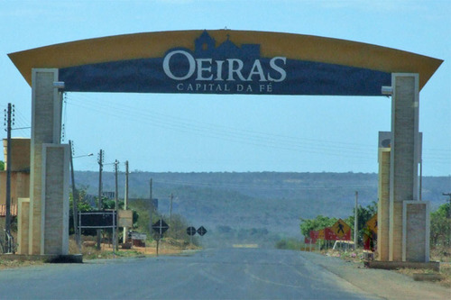 Oeiras no Piauí apresenta plano de retomada das atividades presenciais na rede de ensino