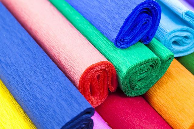 papel crepom colorido
