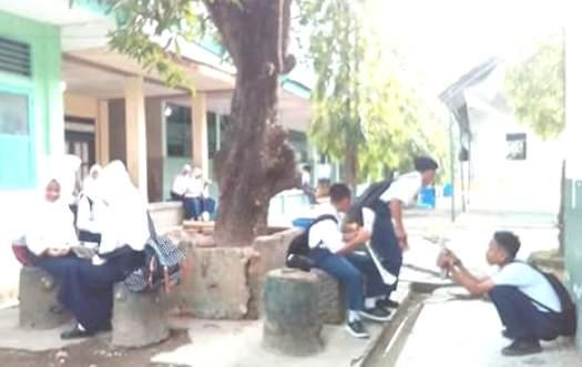 SMP Muhammadiyah Selayar, Di Segel Preman