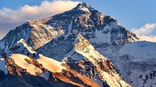 Δύο ορειβάτες νεκροί στο Έβερεστ
