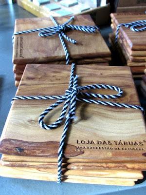 porta copos em madeira de oliveira