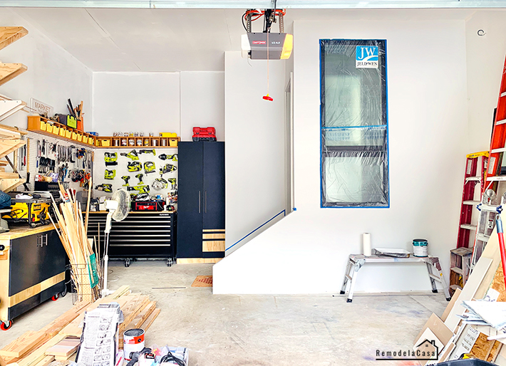 Garage with mudroom built