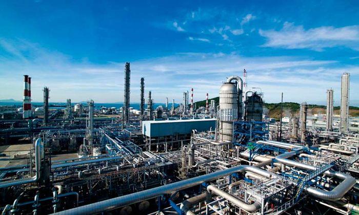 Para estudiar procesos industriales se utiliza el concepto de estado estacionario