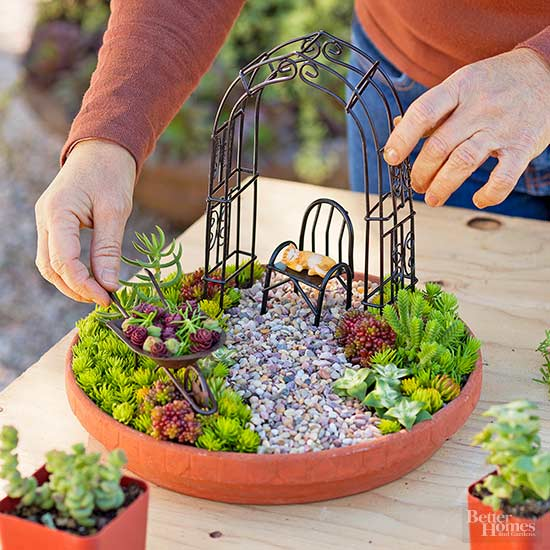 The 50 Best Diy Miniature Fairy Garden Ideas In 2019: DIY Miniature Succulent Garden