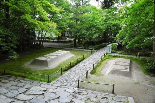 วัดโฮเน็นอิน (Honen-in Temple: 三仏堂)