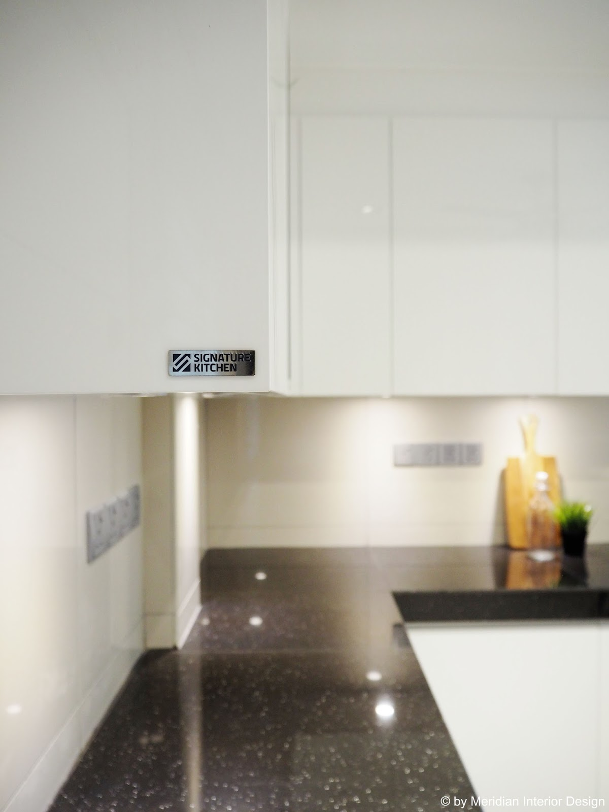 Quality Brand Kitchen Cabinets Single Handle Faucet With Side Spray Meridian Interior Design And In Kuala