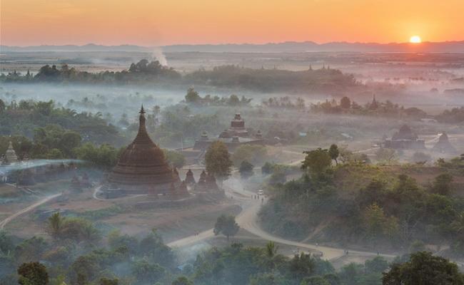 Xvlor.com Mrauk U is pagoda-rich area as regional trading center in Rakhine State