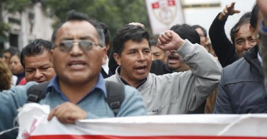SUTE Regionales acuerdan reiniciar huelga nacional indefinida en respuesta a la negativa del gobierno de suspender la Evaluación de Desempeño Docente